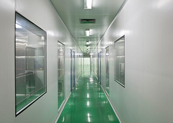 沈阳神龙制药针剂车间净化走廊